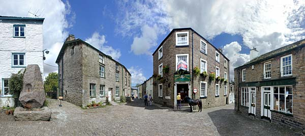 Panorama - The George and Dragon - Dent Yorkshire Dales - England UK